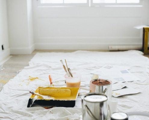 Как защитить мебель и поверхности во время ремонта?